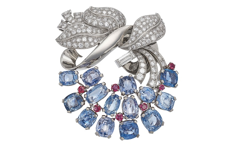 A retro sapphire, ruby and diamond brooch by Raymond Yard. Sold for $25,000 on 16 April 2019 at Christie's in New York