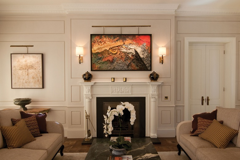 TM Lighting was commissioned to install Picture Lighting in a show flat in Knightsbridge. It was crucial that each artwork was shown in its best light, as it would be in a gallery. The company matched its picture lights to the antique brass finishes in the rest of the flat